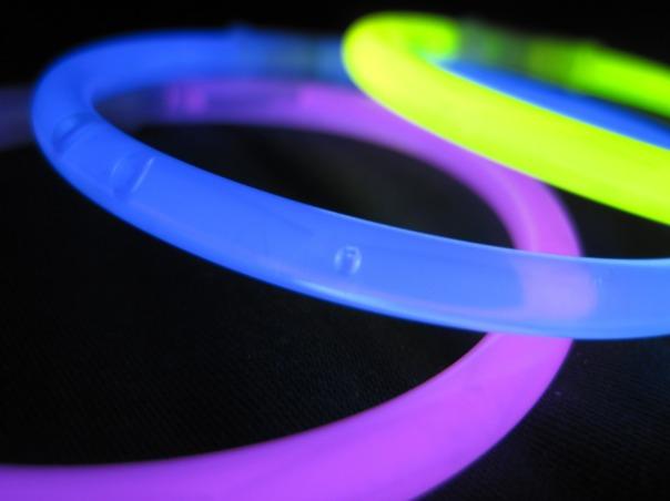 glow-stick-578607_1280.jpg